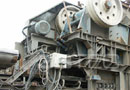 Ref.-Nr:1300 stationary single toggle crusher , year 93, new jaw plates, 132 KW electric-motor, in very good condition, weight of plant 90 to,